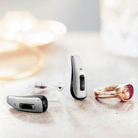 signia_hearing_aids_beside_ring